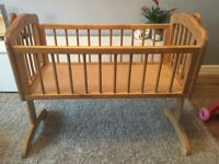 Mothercare swinging crib-Natural