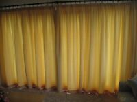 Quality set of curtains