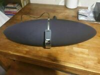B&W Zeppelin Speaker system Bowers Wilkins excellent condition and fully working
