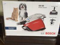 New BOSCH GS-50 power animal Bagless technology