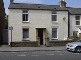 To let 1850s desirable restored slate-roofed cottage with garden Oxford OX3 7AE near hospitals.