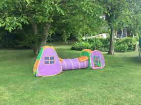Pop up children's tents and tunnel