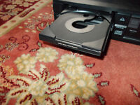 Philips CD460 - Vintage CD player in excellent condition
