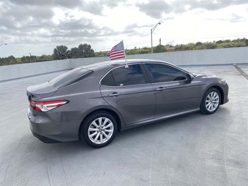 Image 6 Voiture American used Toyota Camry 2018
