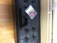 PlayStation 4 black 1TB with 1 game 1 controller