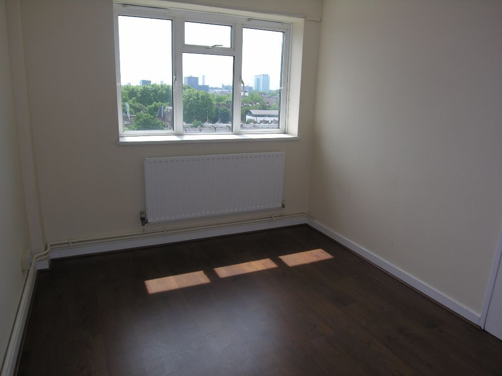 NEWLY RENOVATED SPLIT LEVEL ONE BEDROOM FLAT