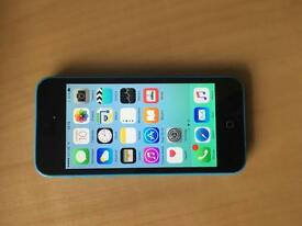 iPhone 5C Unlocked blue Good condition