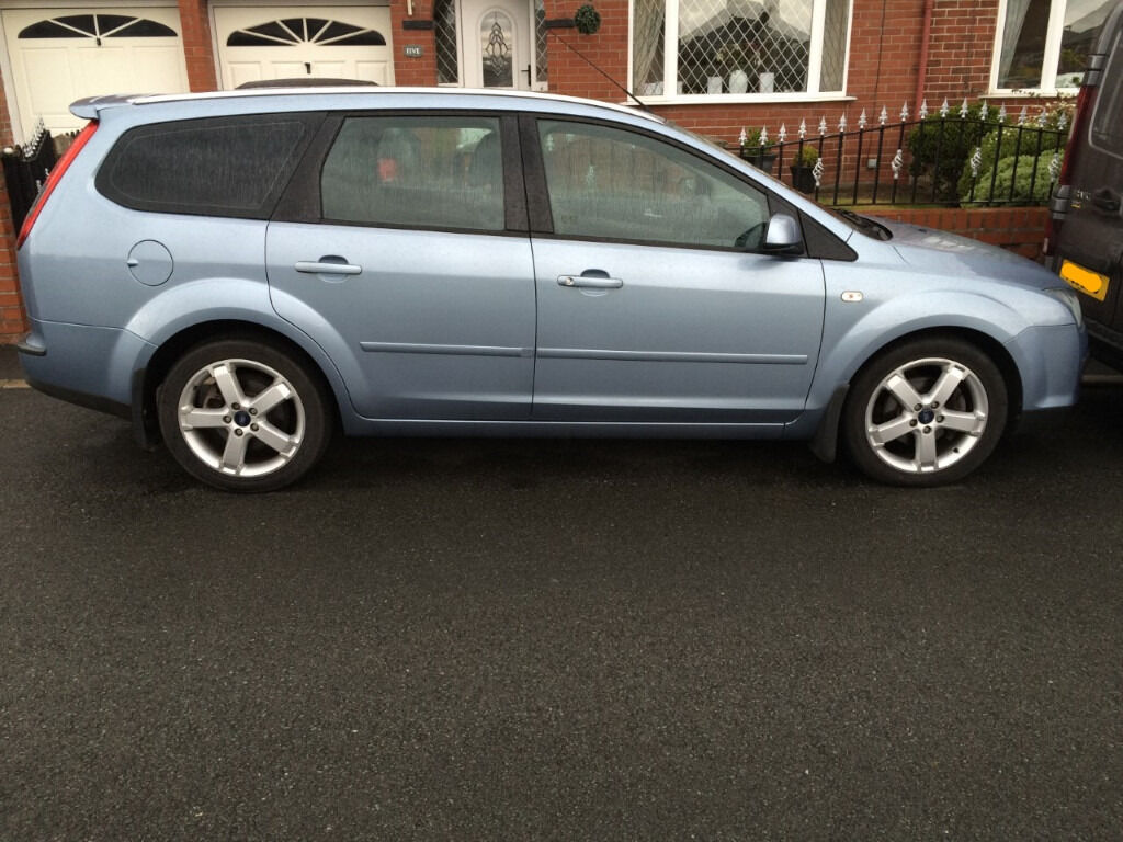 ford focus estate titanium 2 0 petrol 55 plate in norwood london gumtree. Black Bedroom Furniture Sets. Home Design Ideas