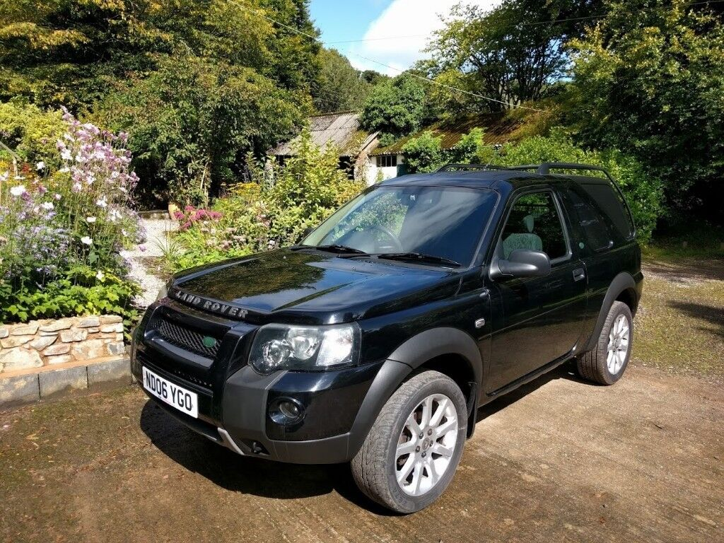 Black Land Rover Freelander Td4 2.0 Commercial Light 4X4 Convertible Hardtop