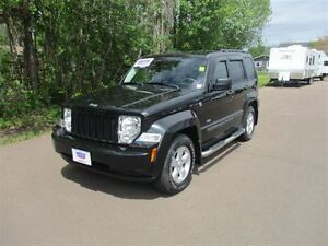 2010 Jeep Liberty Sport! ONLY 75 KM! Trade-In!