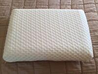 Mammoth Medical Foam Pillow