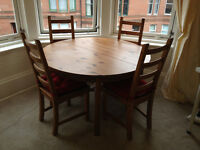 Solid Wood Extender Dining Table and 4 Chairs with Cushions