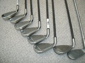 CALLAWAY IRONS, WOODS. PING PUTTER, TITLEIST lob WEDGE ALL IN GOLF BAG