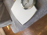 Brand new in box weigh scales salter £10
