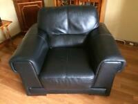 NATUZZI luxurious black Italian leather 2 Seater Settee,2 chairs and footstool for Sale