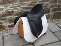 Black Exselle GP Saddle