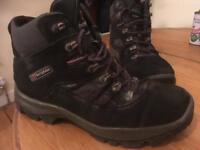 Berghaus Explorer GTX Walking Boots UK10