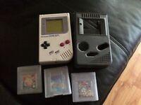 Original game boy working 3 games needs batteries