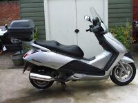 Sparlinkg scooter