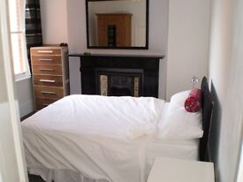 Double room in Fulham for LGBT