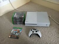 Xbox One + 10 games Boxed w/instructions