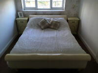 Leather King Size Sleigh Bed - Cream - £50 - Collection only - Very Good Condition