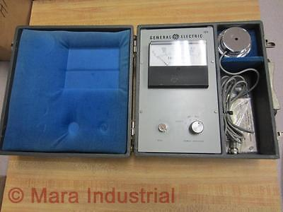 General Electric 123 Dual Range Footcandles Light Meter