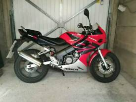 Honda CBR 125cc supersports CBT learner