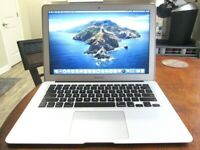 Apple MacBook Air **2017** 13 inch Core i7 2.2 Ghz 8gb Ram 500GB SSD