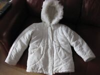 MOTHERCARE WHITE FURRY COAT with hood / pockets / lined - BEAUTIFUL! Age 6-7 NOW REDUCED!