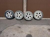 Land Rover Discovery off road tyres and alloy wheels