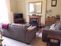 Large 2 double bedroom flat (fully furnished)