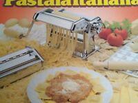 Imperia Pastaia Italiana pasta machine, boxed and unused
