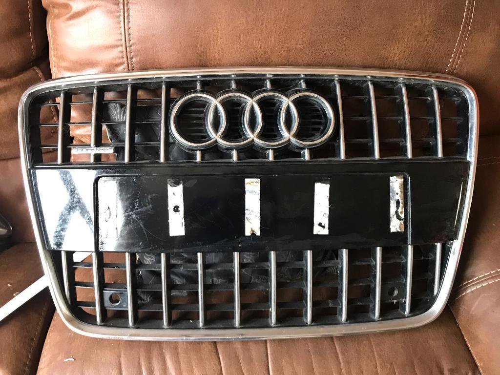 Audi Q7 Quattro front grill (2009-2015)