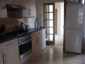 Double Room with shower South Woodford £540