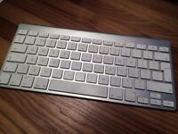 Apple wireless keyboard - used but in new condition