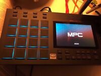 AKAI MPC Live Music Production Workstation Sampler Looper Beat Machine Sequencer mint
