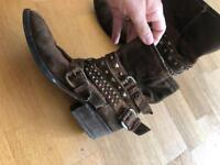 Russell & Bromley Boots