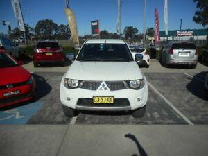 2013 Mitsubishi Triton MN MY13 GLX-R (4x4) White 5 Speed Manual 4x4 Double Cab Utility Singleton Heights Singleton Area Preview