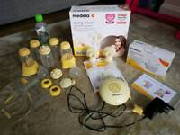 Medela Maxi Swing Double Breast Pump plus lots of extras