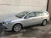 Vauxhall vectra Sri 3.0 v6 cdti estate , only 33000 Miles from new