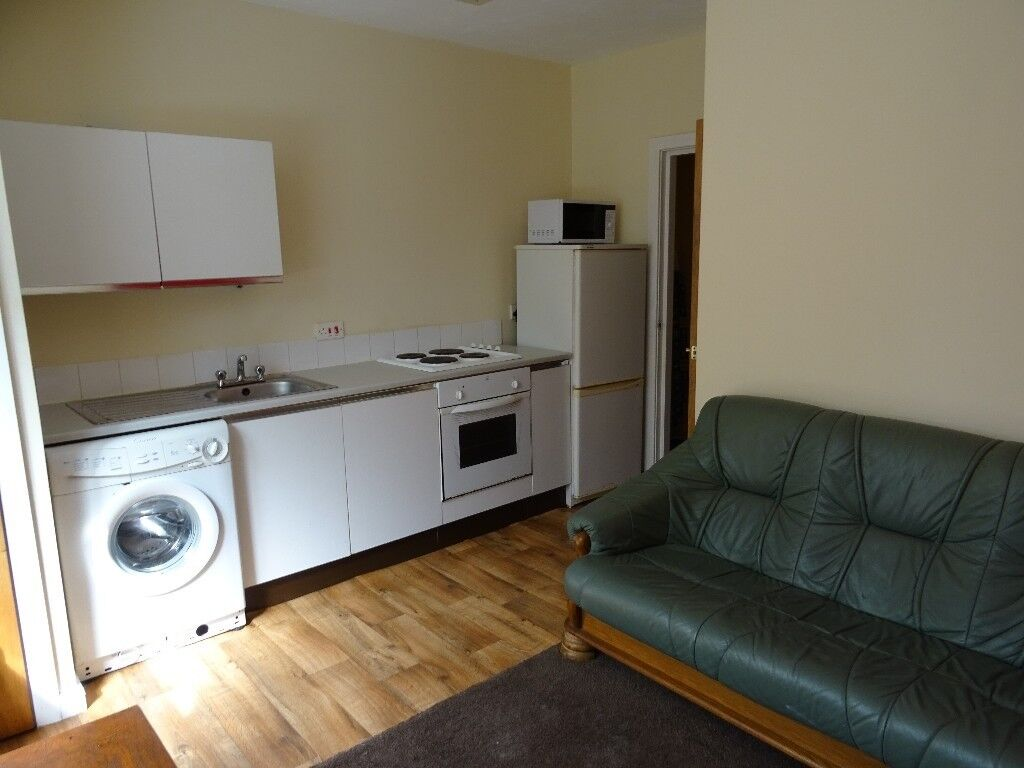 Double bedroom to rent at £325 monthly in Victoria Park , Rusholme