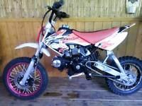 Lifan 125 cc pit bike