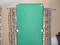 snooker (pool) table