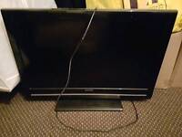 "32"" tv spairs need new board"