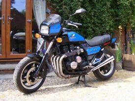 1984/A Honda CB700SC Nighthawk S