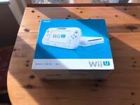 Nintendo Wii U 8gb **boxed *mint