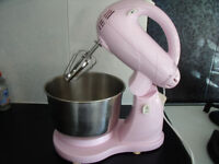 Pink Stand Mixer Whisk, not Kitchen Aid, retro, perfect condition