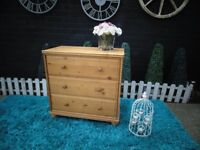 PINE CHEST OF DRAWERS WITH 3 LARGE DRAWERS AND IT'S IN GOOD CONDITION 80/45/79 cm £40