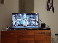 Samsung 40 Inch LED TV Excellent condition + free gold plated HDMI Cable